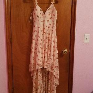 Junior's lacy floral hi-low dress